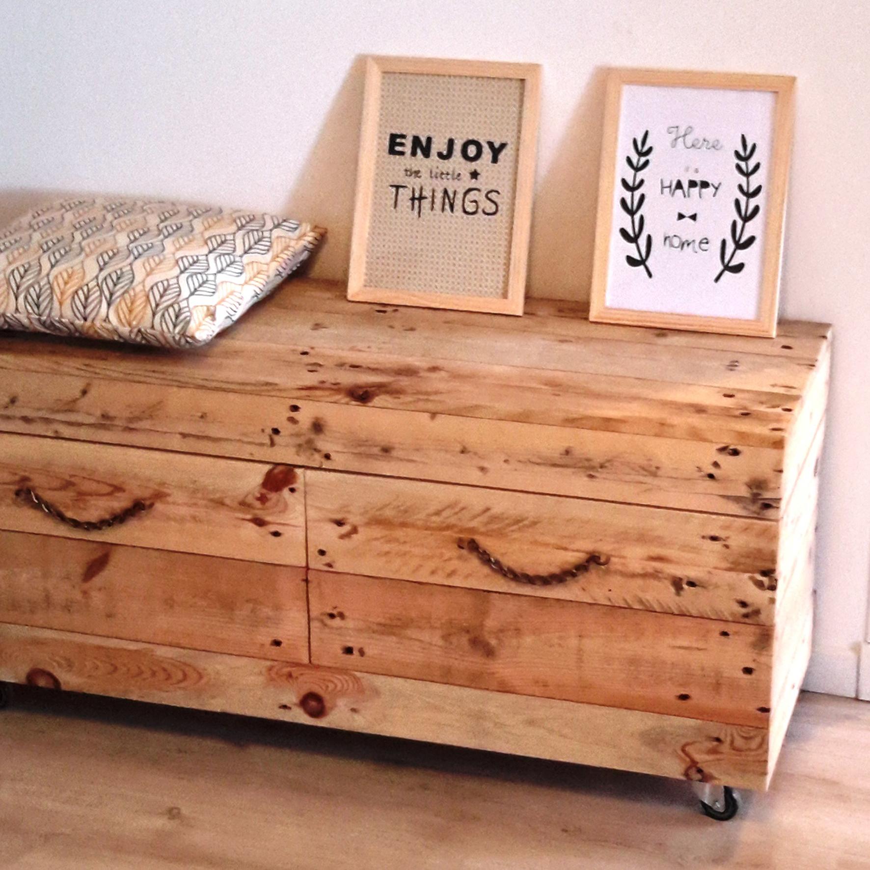 meuble ext rieur sur roulette. Black Bedroom Furniture Sets. Home Design Ideas
